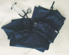 Scrub Set Giveaway #SSSyrahScrubsGiveaway >> detials of how to enter on the blog - Stethoscopes, Simplicity & Syrah