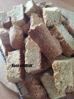 UIT DIE KOEIKOMBUIS: EAT-SUM-MORE BESKUIT Tart Recipes, Cooking Recipes, Cow Kitchen, South African Recipes, Recipies, Eat, Desserts, Food, Recipes
