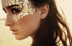 15 ideias lindas para o carnaval usando glitter de maneiras não tão óbvias, tem também toques de cor, detalhes fofos... Divirtam-se!