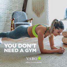 Home Workouts – in diesen besonderen Zeiten DIE Alternative, um gesundheitlich fit & körperlich auf Hochtouren in den Sommer 2020 zu starten! 💪 Wäre da nicht die unendliche Auswahl an Workout Videos für zuhause, die schnell mal überfordert & damit vielleicht sogar als optimale Ausrede dient, richtig? 😅 Jetzt nicht mehr! Denn: wir haben für dich in unserem neusten Blogartikel unsere top 7 Online-Fitnessprogramme für zuhause zusammengefasst – da ist für jeden etwas dabei! 😊 Anti Aging, Bmi, Fitness Video, Summer Body, Workout Videos, Bikinis, Swimwear, Training, Collages
