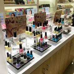Nail polish display acrylic. Nail polish acrylic display stand by Yiwu Anchuang Acrylic Products Factory.