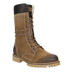 c4102ff4df8 Dámské zimní boty Weinbrenner mají kožený svršek s výrazným prošíváním.  Uvnitř je zateplení z umělého