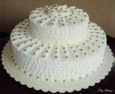 Easy Cake Decorating Themes And Ideas Cake Decorating Frosting, Cake Decorating Designs, Creative Cake Decorating, Cake Decorating Techniques, Creative Cakes, Cake Designs, Cake Icing, Buttercream Cake, Cupcake Cakes