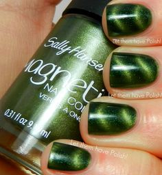 Sally Hansen Electric Emerald