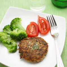 Salmon Cakes - A really fast dinner.