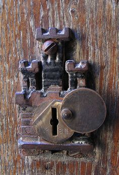 Castle Door Lock