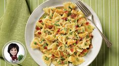 Eating Well, Clean Eating, Pasta Salad, Feel Good, Ethnic Recipes, Food, Pasta With Chicken, Snap Peas, Cooking Food