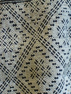 Sashiko stitched patterns varied from place to place in Aomori Prefecture and precious white cotton thread–cotton was a luxury in that area in nineteenth century Japan–was thought to be reminiscent of the deep snow of Tsugaru.