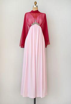 vintage 1970s pink goddess kaftan dress
