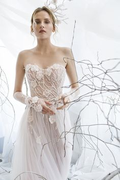 Floral - Graceful Vine and Flower Wedding Dress from Mira Zwillinger | http://heyweddinglady.com/mira-zwillinger-wedding-dress-collection-spring-2017/