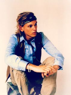 Jamie Campbell Bower = Jace I imagined Jace WAAAAYYYYY hotter :/
