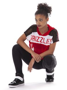 Overall performance wear and interact costumes characteristics on-trend looks for those genres of dancing. Hip Hop Costumes, Custom Dance Costumes, Teenager Outfits, Girl Outfits, Fashion Outfits, Baile Hip Hop, Hip Hop Dance Outfits, Mesh Hoodie, Indian Classical Dance