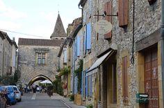 En se promenant dans Monpazier (Dordogne) 1