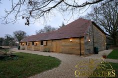 Oak clad barn and stable complex - Oakmasters