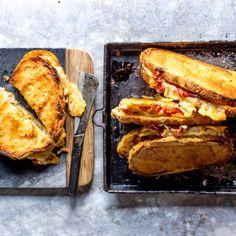 Oven-toasted ham and cheese sandwiches Lentil Recipes, Roast Recipes, Comte Cheese, Hot Milk Cake, Crab Rangoon Recipe, Crunchy Chickpeas, Best Breakfast Casserole, Wonton Recipes, Veg Soup