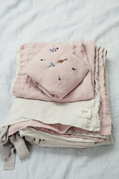 Beautiful Handmade Linen Baby Bedding | Lapetitealice on Etsy