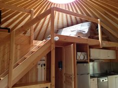 1000 images about yourte on pinterest yurts interior for Interieur yourte contemporaine