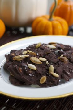Chocolate Pumpkin Seed Bark: Contains antioxidants that help to protect your skin from UV damage and fight free radicals, plus zinc and selenium to help boost your skin's collagen production and protect against environmental pollution. To get even more skin protection (yes, even in the cool weather), don't forget to moisturize with an SPF-containing product like Simple Skincare Protecting Light Moisturizer SPF 15.