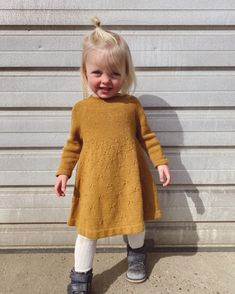 Ravelry: Dandelion Dress pattern by PetiteKnit Chunky Knitting Patterns, Knit Patterns, I Cord, Baby Vest, Knit In The Round, Stockinette, Baby & Toddler Clothing, Rompers, Clothes