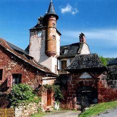 the enchanting castle  By Yvan LEMEUR