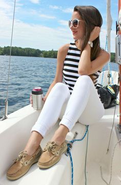 Looking for a cute and practical sailing outfit idea for women? This Banana Republic striped rugby tank styled with white skinny jeans, Sperry Top Sider boat shoes, white Michele watch, and white Jackie O inspired sunglasses is perfect! Click through to r Boat Fashion, Teen Fashion, Womens Fashion, Preppy Fashion, Fashion 2020, Fashion Boots, Fashion Ideas, Fashion Outfits, Nautical Outfits