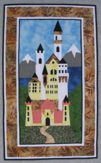 Neuschwanstein - paper pieced, on Ula Lenz site.  www.lenzula.de