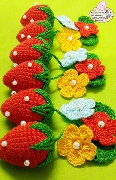 Crochet Coasters pattern by Coats Design Team Fruits En Crochet, Marque-pages Au Crochet, Crochet Mignon, Crochet Towel, Crochet Food, Crochet Motifs, Cute Crochet, Crochet Crafts, Crochet Stitches