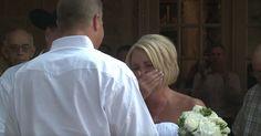 No dia do casamento, o noivo fez uma surpresa à noiva que ela quase desmaiou