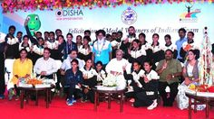 Odisha Chief Minister Naveen Patnaik felicitated cash reward to all the Indian medal winners from the Asian Athletics Championships 2017.