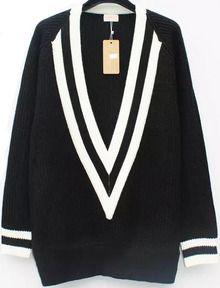 V Neck Boyfriend Sweater-Black