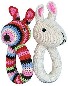 Nina! What baby doesn't need a little rattle? This can be the first #crochet pattern you whip up.