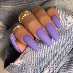Lilac purple nails matte