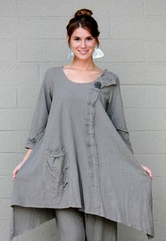 LEE ANDERSEN USA Cotton Gauze  AVERY TUNIC Art-to-Wear Long Top  1X 2X 3X  PUTTY #LEEANDERSEN #Tunic #Versatile