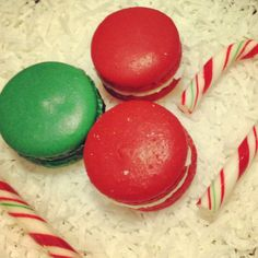 Christmas baking idea, French macarons, pretty pastries, sweets, red velvet macarons, peppermint macarons