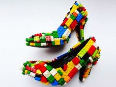You have already seen solar toy car, bear sculpture, Polaroid camera, USB key and even computer fashioned out of Lego. This time around, an artist brings to you stilettos made using Lego bricks. British artist Finn Stone has recently unveiled a pair. Stilettos, High Heels, Pumps, Black Heels, Crazy Shoes, Me Too Shoes, Weird Shoes, Funny Shoes, Mode Shoes