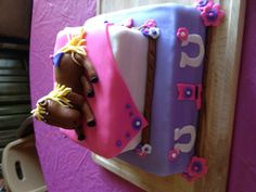 Horse cake!!! Cowgirl Birthday, Cowgirl Party, Bday Girl, Western Party Decorations, Western Parties, Birthday Cakes, Birthday Ideas, Birthday Parties, Pretty Cakes