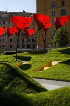!пример искажения реального размера объекта! Beautiful Public Space; STARTT , CLAUDIO CASTALDO, SIMONE CAPRA, FRANCESCO COLANGELI, ANDREA VALENTINI
