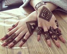 Henna Tattoo Designs Simple, Finger Henna Designs, Back Hand Mehndi Designs, Full Hand Mehndi Designs, Mehndi Designs For Beginners, Mehndi Simple, Mehndi Designs For Fingers, Dulhan Mehndi Designs, Latest Mehndi Designs