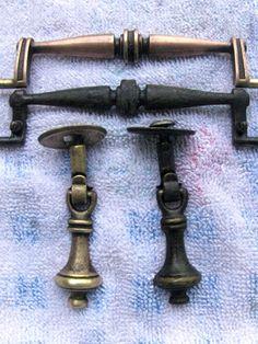 Brass Kitchen Handles, Brass Cabinet Hardware, Furniture Handles, Furniture Hardware, Kitchen Furniture, Furniture Refinishing, Painted Furniture, Cabinet Refinishing, Refinished Furniture