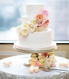 Featured Photographer: Kristen Weaver Photography; Featured Wedding Cake: The Sugar Suite; Daily Wedding Cake Inspiration (New!). To see more: http://www.modwedding.com/2014/08/07/daily-wedding-cake-inspiration-new-8/  #wedding #weddings #wedding_cake