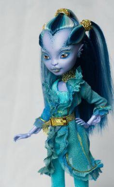 Best doll customs
