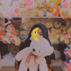 Emoji Pictures, Girl Pictures, Girl Photos, Hijab Style Dress, Hijab Chic, Rainbow Aesthetic, Aesthetic Girl, Low Key Photo, Tmblr Girl