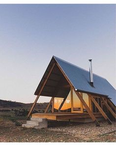 "Modern Weekend Getaways (@cabintherapy) on Instagram: ""A-frame love. Via @prefabnsmallhomes"""