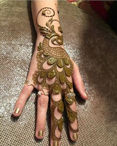 Mehndi henna designs are always searchable by Pakistani women and girls. Women, girls and also kids apply henna on their hands, feet and also on neck to look more gorgeous and traditional. Henna Hand Designs, Mehandi Designs, Mehndi Designs Finger, Mehandi Design For Hand, Peacock Mehndi Designs, Mehndi Designs For Girls, Mehndi Designs For Beginners, Mehndi Designs 2018, Stylish Mehndi Designs