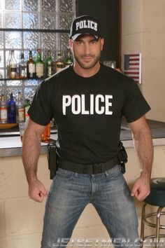 Men in uniform Spencer Reed, Sexy Military Men, Hot Cops, Hunks Men, Bear Men, Men In Uniform, Raining Men, Good Looking Men, Police Officer