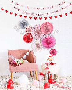 Amazing Valentine Theme Party Decoration Ideas - Valentine's birthday by its very nature naturally fits be a remarkable festival. Hold onto the day and make your extraordinary Birthday Valentine feel. Valentine Backdrop, Valentine Banner, Valentine Theme, Valentines Day Party, Saint Valentine, Valentine Ideas, Diy Valentine's Day Decorations, Party Decoration, Valentines Day Decorations