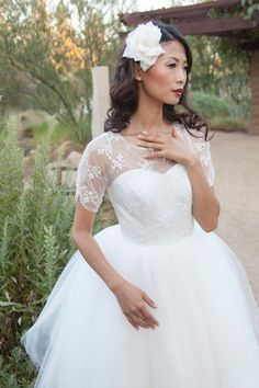 Dolly Couture short wedding dress | DollyCouture.com I wanna get married again so I can wear this.