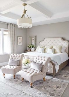 Welcome to my master bedroom spring tour! I'll also be sharing some ideas