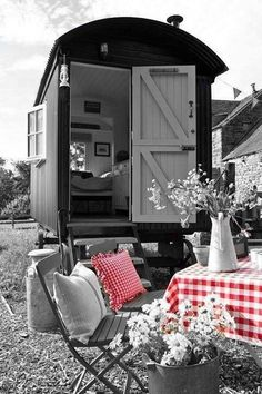 Amazing Shed Plans - - Now You Can Build ANY Shed In A Weekend Even If You've Zero Woodworking Experience! Start building amazing sheds the easier way with a collection of shed plans! Period Living, Shepherds Hut, She Sheds, Building A Shed, Tiny House Living, Outdoor Furniture Sets, Outdoor Decor, Shed Plans, House On Wheels