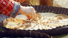 Frgále — Recepty — Herbář — Česká televize Camembert Cheese, Dairy, Baking, Food, Bakken, Essen, Meals, Backen, Yemek